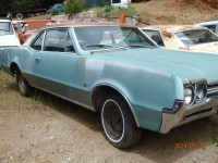 1966 Oldsmobile F85/Cutlass 2 door Sedan